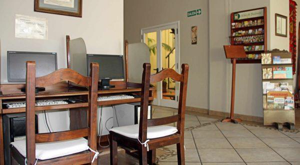 Hotel Altos de Balcarce - Computadoras con internet gratuito